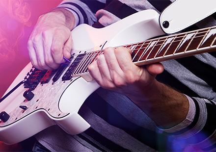 ミュージシャンへの広い活動機会の提供と支援事業